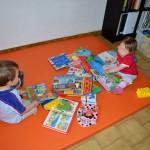 lecture enfants bébé livres nounou assistante maternelle lire bibliothèque