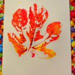 nounou enfants maison peinture automne